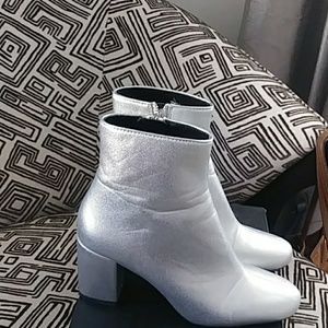 Zara Shoes - Ankle Boots